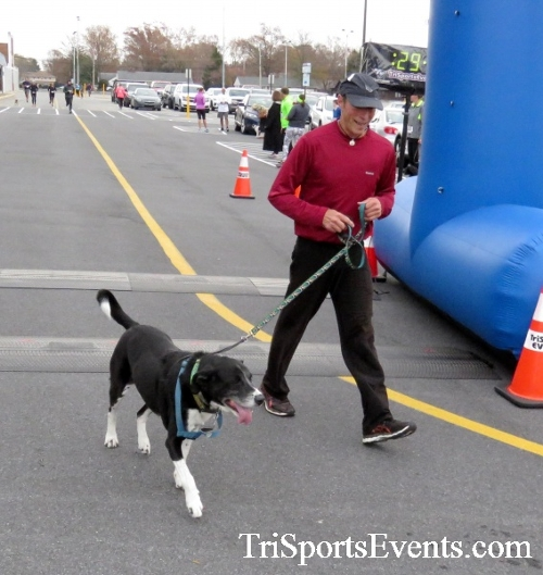 Turkey Trot 5K Run/Wak<br><br><br><br><a href='https://www.trisportsevents.com/pics/16_Turkey_Trot_5K_170.JPG' download='16_Turkey_Trot_5K_170.JPG'>Click here to download.</a><Br><a href='http://www.facebook.com/sharer.php?u=http:%2F%2Fwww.trisportsevents.com%2Fpics%2F16_Turkey_Trot_5K_170.JPG&t=Turkey Trot 5K Run/Wak' target='_blank'><img src='images/fb_share.png' width='100'></a>