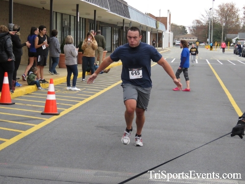 Turkey Trot 5K Run/Wak<br><br><br><br><a href='http://www.trisportsevents.com/pics/16_Turkey_Trot_5K_173.JPG' download='16_Turkey_Trot_5K_173.JPG'>Click here to download.</a><Br><a href='http://www.facebook.com/sharer.php?u=http:%2F%2Fwww.trisportsevents.com%2Fpics%2F16_Turkey_Trot_5K_173.JPG&t=Turkey Trot 5K Run/Wak' target='_blank'><img src='images/fb_share.png' width='100'></a>