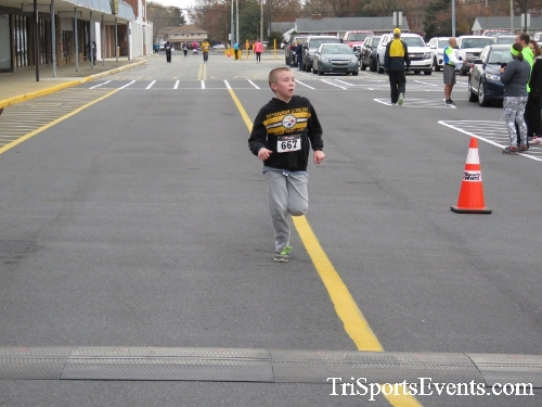 Turkey Trot 5K Run/Wak<br><br><br><br><a href='https://www.trisportsevents.com/pics/16_Turkey_Trot_5K_174.JPG' download='16_Turkey_Trot_5K_174.JPG'>Click here to download.</a><Br><a href='http://www.facebook.com/sharer.php?u=http:%2F%2Fwww.trisportsevents.com%2Fpics%2F16_Turkey_Trot_5K_174.JPG&t=Turkey Trot 5K Run/Wak' target='_blank'><img src='images/fb_share.png' width='100'></a>