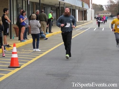 Turkey Trot 5K Run/Wak<br><br><br><br><a href='https://www.trisportsevents.com/pics/16_Turkey_Trot_5K_175.JPG' download='16_Turkey_Trot_5K_175.JPG'>Click here to download.</a><Br><a href='http://www.facebook.com/sharer.php?u=http:%2F%2Fwww.trisportsevents.com%2Fpics%2F16_Turkey_Trot_5K_175.JPG&t=Turkey Trot 5K Run/Wak' target='_blank'><img src='images/fb_share.png' width='100'></a>