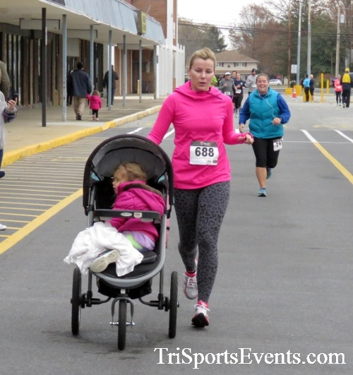 Turkey Trot 5K Run/Wak<br><br><br><br><a href='http://www.trisportsevents.com/pics/16_Turkey_Trot_5K_179.JPG' download='16_Turkey_Trot_5K_179.JPG'>Click here to download.</a><Br><a href='http://www.facebook.com/sharer.php?u=http:%2F%2Fwww.trisportsevents.com%2Fpics%2F16_Turkey_Trot_5K_179.JPG&t=Turkey Trot 5K Run/Wak' target='_blank'><img src='images/fb_share.png' width='100'></a>