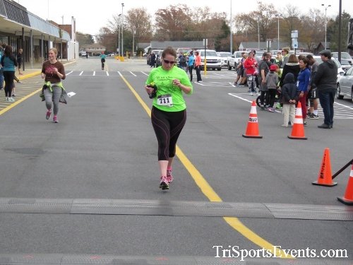 Turkey Trot 5K Run/Wak<br><br><br><br><a href='https://www.trisportsevents.com/pics/16_Turkey_Trot_5K_207.JPG' download='16_Turkey_Trot_5K_207.JPG'>Click here to download.</a><Br><a href='http://www.facebook.com/sharer.php?u=http:%2F%2Fwww.trisportsevents.com%2Fpics%2F16_Turkey_Trot_5K_207.JPG&t=Turkey Trot 5K Run/Wak' target='_blank'><img src='images/fb_share.png' width='100'></a>