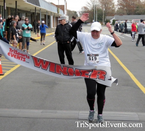 Turkey Trot 5K Run/Wak<br><br><br><br><a href='http://www.trisportsevents.com/pics/16_Turkey_Trot_5K_211.JPG' download='16_Turkey_Trot_5K_211.JPG'>Click here to download.</a><Br><a href='http://www.facebook.com/sharer.php?u=http:%2F%2Fwww.trisportsevents.com%2Fpics%2F16_Turkey_Trot_5K_211.JPG&t=Turkey Trot 5K Run/Wak' target='_blank'><img src='images/fb_share.png' width='100'></a>