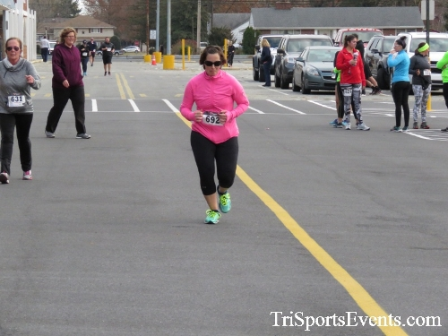 Turkey Trot 5K Run/Wak<br><br><br><br><a href='https://www.trisportsevents.com/pics/16_Turkey_Trot_5K_219.JPG' download='16_Turkey_Trot_5K_219.JPG'>Click here to download.</a><Br><a href='http://www.facebook.com/sharer.php?u=http:%2F%2Fwww.trisportsevents.com%2Fpics%2F16_Turkey_Trot_5K_219.JPG&t=Turkey Trot 5K Run/Wak' target='_blank'><img src='images/fb_share.png' width='100'></a>