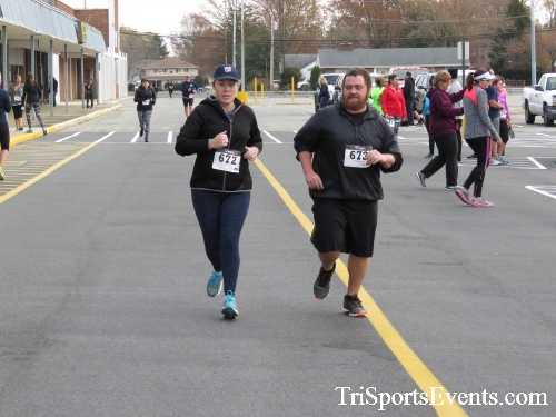 Turkey Trot 5K Run/Wak<br><br><br><br><a href='http://www.trisportsevents.com/pics/16_Turkey_Trot_5K_221.JPG' download='16_Turkey_Trot_5K_221.JPG'>Click here to download.</a><Br><a href='http://www.facebook.com/sharer.php?u=http:%2F%2Fwww.trisportsevents.com%2Fpics%2F16_Turkey_Trot_5K_221.JPG&t=Turkey Trot 5K Run/Wak' target='_blank'><img src='images/fb_share.png' width='100'></a>