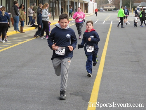 Turkey Trot 5K Run/Wak<br><br><br><br><a href='https://www.trisportsevents.com/pics/16_Turkey_Trot_5K_229.JPG' download='16_Turkey_Trot_5K_229.JPG'>Click here to download.</a><Br><a href='http://www.facebook.com/sharer.php?u=http:%2F%2Fwww.trisportsevents.com%2Fpics%2F16_Turkey_Trot_5K_229.JPG&t=Turkey Trot 5K Run/Wak' target='_blank'><img src='images/fb_share.png' width='100'></a>