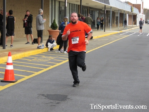 Turkey Trot 5K Run/Wak<br><br><br><br><a href='https://www.trisportsevents.com/pics/16_Turkey_Trot_5K_231.JPG' download='16_Turkey_Trot_5K_231.JPG'>Click here to download.</a><Br><a href='http://www.facebook.com/sharer.php?u=http:%2F%2Fwww.trisportsevents.com%2Fpics%2F16_Turkey_Trot_5K_231.JPG&t=Turkey Trot 5K Run/Wak' target='_blank'><img src='images/fb_share.png' width='100'></a>