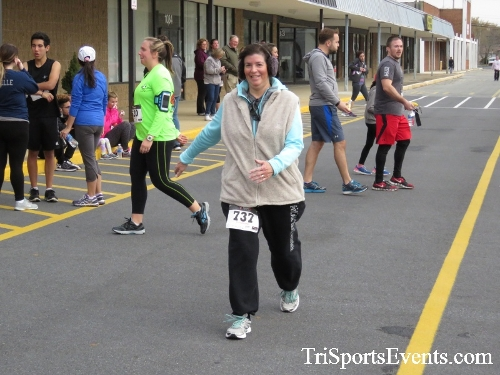Turkey Trot 5K Run/Wak<br><br><br><br><a href='https://www.trisportsevents.com/pics/16_Turkey_Trot_5K_239.JPG' download='16_Turkey_Trot_5K_239.JPG'>Click here to download.</a><Br><a href='http://www.facebook.com/sharer.php?u=http:%2F%2Fwww.trisportsevents.com%2Fpics%2F16_Turkey_Trot_5K_239.JPG&t=Turkey Trot 5K Run/Wak' target='_blank'><img src='images/fb_share.png' width='100'></a>