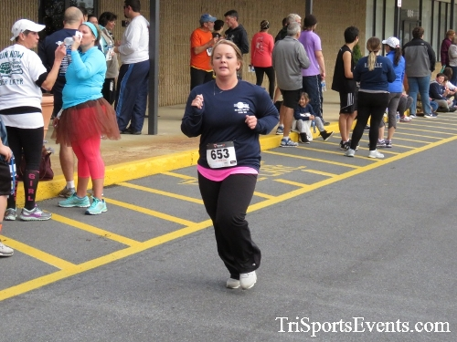 Turkey Trot 5K Run/Wak<br><br><br><br><a href='http://www.trisportsevents.com/pics/16_Turkey_Trot_5K_246.JPG' download='16_Turkey_Trot_5K_246.JPG'>Click here to download.</a><Br><a href='http://www.facebook.com/sharer.php?u=http:%2F%2Fwww.trisportsevents.com%2Fpics%2F16_Turkey_Trot_5K_246.JPG&t=Turkey Trot 5K Run/Wak' target='_blank'><img src='images/fb_share.png' width='100'></a>
