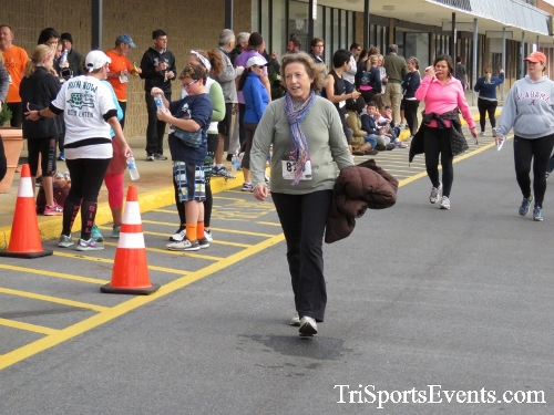 Turkey Trot 5K Run/Wak<br><br><br><br><a href='http://www.trisportsevents.com/pics/16_Turkey_Trot_5K_249.JPG' download='16_Turkey_Trot_5K_249.JPG'>Click here to download.</a><Br><a href='http://www.facebook.com/sharer.php?u=http:%2F%2Fwww.trisportsevents.com%2Fpics%2F16_Turkey_Trot_5K_249.JPG&t=Turkey Trot 5K Run/Wak' target='_blank'><img src='images/fb_share.png' width='100'></a>