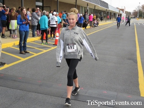 Turkey Trot 5K Run/Wak<br><br><br><br><a href='https://www.trisportsevents.com/pics/16_Turkey_Trot_5K_251.JPG' download='16_Turkey_Trot_5K_251.JPG'>Click here to download.</a><Br><a href='http://www.facebook.com/sharer.php?u=http:%2F%2Fwww.trisportsevents.com%2Fpics%2F16_Turkey_Trot_5K_251.JPG&t=Turkey Trot 5K Run/Wak' target='_blank'><img src='images/fb_share.png' width='100'></a>