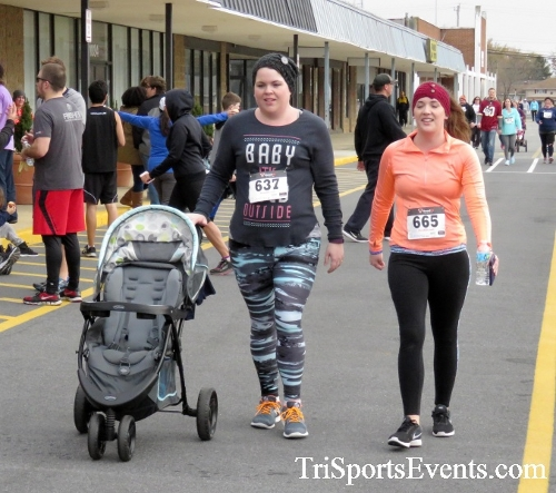 Turkey Trot 5K Run/Wak<br><br><br><br><a href='https://www.trisportsevents.com/pics/16_Turkey_Trot_5K_263.JPG' download='16_Turkey_Trot_5K_263.JPG'>Click here to download.</a><Br><a href='http://www.facebook.com/sharer.php?u=http:%2F%2Fwww.trisportsevents.com%2Fpics%2F16_Turkey_Trot_5K_263.JPG&t=Turkey Trot 5K Run/Wak' target='_blank'><img src='images/fb_share.png' width='100'></a>