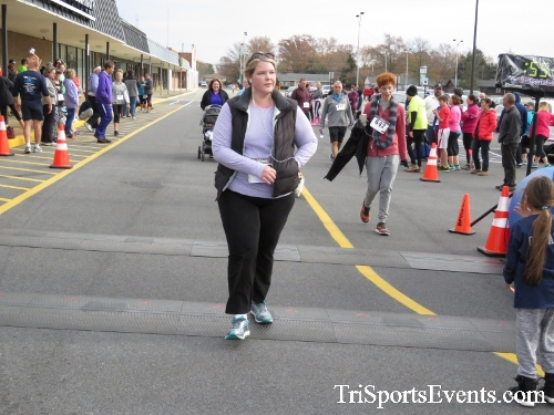 Turkey Trot 5K Run/Wak<br><br><br><br><a href='http://www.trisportsevents.com/pics/16_Turkey_Trot_5K_277.JPG' download='16_Turkey_Trot_5K_277.JPG'>Click here to download.</a><Br><a href='http://www.facebook.com/sharer.php?u=http:%2F%2Fwww.trisportsevents.com%2Fpics%2F16_Turkey_Trot_5K_277.JPG&t=Turkey Trot 5K Run/Wak' target='_blank'><img src='images/fb_share.png' width='100'></a>