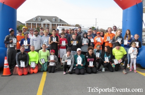 Turkey Trot 5K Run/Wak<br><br><br><br><a href='http://www.trisportsevents.com/pics/16_Turkey_Trot_5K_284.JPG' download='16_Turkey_Trot_5K_284.JPG'>Click here to download.</a><Br><a href='http://www.facebook.com/sharer.php?u=http:%2F%2Fwww.trisportsevents.com%2Fpics%2F16_Turkey_Trot_5K_284.JPG&t=Turkey Trot 5K Run/Wak' target='_blank'><img src='images/fb_share.png' width='100'></a>