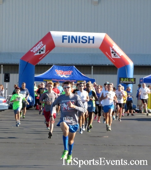 Walmart Warrior 5K Run/Walk<br><br><br><br><a href='https://www.trisportsevents.com/pics/16_Walmart_Warrior_5K_009.JPG' download='16_Walmart_Warrior_5K_009.JPG'>Click here to download.</a><Br><a href='http://www.facebook.com/sharer.php?u=http:%2F%2Fwww.trisportsevents.com%2Fpics%2F16_Walmart_Warrior_5K_009.JPG&t=Walmart Warrior 5K Run/Walk' target='_blank'><img src='images/fb_share.png' width='100'></a>