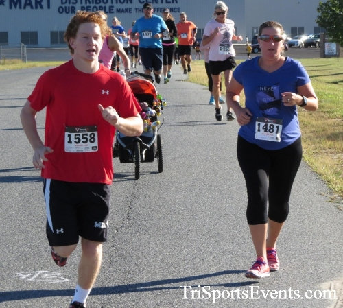 Walmart Warrior 5K Run/Walk<br><br><br><br><a href='https://www.trisportsevents.com/pics/16_Walmart_Warrior_5K_019.JPG' download='16_Walmart_Warrior_5K_019.JPG'>Click here to download.</a><Br><a href='http://www.facebook.com/sharer.php?u=http:%2F%2Fwww.trisportsevents.com%2Fpics%2F16_Walmart_Warrior_5K_019.JPG&t=Walmart Warrior 5K Run/Walk' target='_blank'><img src='images/fb_share.png' width='100'></a>