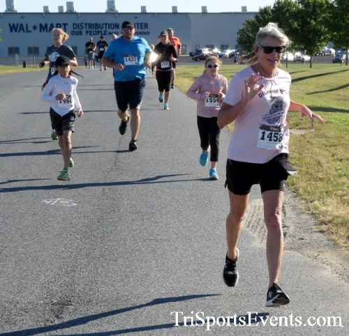 Walmart Warrior 5K Run/Walk<br><br><br><br><a href='http://www.trisportsevents.com/pics/16_Walmart_Warrior_5K_021.JPG' download='16_Walmart_Warrior_5K_021.JPG'>Click here to download.</a><Br><a href='http://www.facebook.com/sharer.php?u=http:%2F%2Fwww.trisportsevents.com%2Fpics%2F16_Walmart_Warrior_5K_021.JPG&t=Walmart Warrior 5K Run/Walk' target='_blank'><img src='images/fb_share.png' width='100'></a>