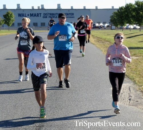 Walmart Warrior 5K Run/Walk<br><br><br><br><a href='https://www.trisportsevents.com/pics/16_Walmart_Warrior_5K_022.JPG' download='16_Walmart_Warrior_5K_022.JPG'>Click here to download.</a><Br><a href='http://www.facebook.com/sharer.php?u=http:%2F%2Fwww.trisportsevents.com%2Fpics%2F16_Walmart_Warrior_5K_022.JPG&t=Walmart Warrior 5K Run/Walk' target='_blank'><img src='images/fb_share.png' width='100'></a>