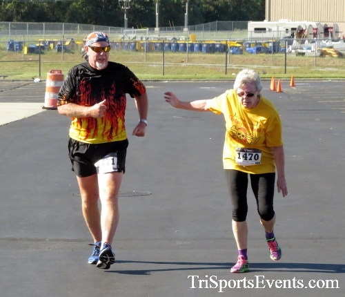 Walmart Warrior 5K Run/Walk<br><br><br><br><a href='http://www.trisportsevents.com/pics/16_Walmart_Warrior_5K_152.JPG' download='16_Walmart_Warrior_5K_152.JPG'>Click here to download.</a><Br><a href='http://www.facebook.com/sharer.php?u=http:%2F%2Fwww.trisportsevents.com%2Fpics%2F16_Walmart_Warrior_5K_152.JPG&t=Walmart Warrior 5K Run/Walk' target='_blank'><img src='images/fb_share.png' width='100'></a>