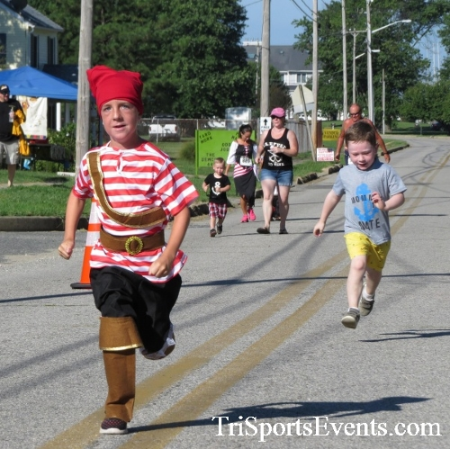 Pirates & Wenches 5K Run/Walk - Rock Hall, MD<br><br><br><br><a href='http://www.trisportsevents.com/pics/16__Pirates_&_Wenches_5K_003.JPG' download='16__Pirates_&_Wenches_5K_003.JPG'>Click here to download.</a><Br><a href='http://www.facebook.com/sharer.php?u=http:%2F%2Fwww.trisportsevents.com%2Fpics%2F16__Pirates_&_Wenches_5K_003.JPG&t=Pirates & Wenches 5K Run/Walk - Rock Hall, MD' target='_blank'><img src='images/fb_share.png' width='100'></a>