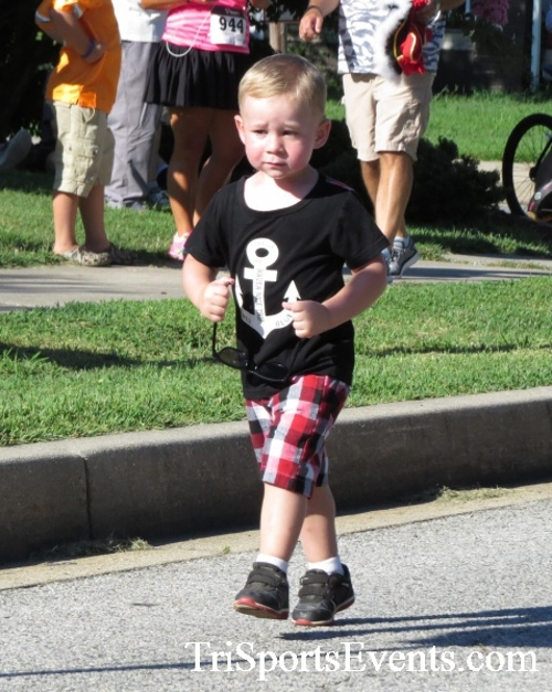 Pirates & Wenches 5K Run/Walk - Rock Hall, MD<br><br><br><br><a href='https://www.trisportsevents.com/pics/16__Pirates_&_Wenches_5K_005.JPG' download='16__Pirates_&_Wenches_5K_005.JPG'>Click here to download.</a><Br><a href='http://www.facebook.com/sharer.php?u=http:%2F%2Fwww.trisportsevents.com%2Fpics%2F16__Pirates_&_Wenches_5K_005.JPG&t=Pirates & Wenches 5K Run/Walk - Rock Hall, MD' target='_blank'><img src='images/fb_share.png' width='100'></a>