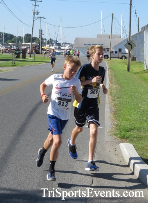 Pirates & Wenches 5K Run/Walk - Rock Hall, MD<br><br><br><br><a href='https://www.trisportsevents.com/pics/16__Pirates_&_Wenches_5K_020.JPG' download='16__Pirates_&_Wenches_5K_020.JPG'>Click here to download.</a><Br><a href='http://www.facebook.com/sharer.php?u=http:%2F%2Fwww.trisportsevents.com%2Fpics%2F16__Pirates_&_Wenches_5K_020.JPG&t=Pirates & Wenches 5K Run/Walk - Rock Hall, MD' target='_blank'><img src='images/fb_share.png' width='100'></a>
