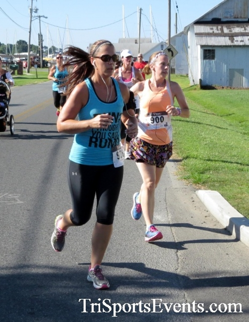 Pirates & Wenches 5K Run/Walk - Rock Hall, MD<br><br><br><br><a href='https://www.trisportsevents.com/pics/16__Pirates_&_Wenches_5K_033.JPG' download='16__Pirates_&_Wenches_5K_033.JPG'>Click here to download.</a><Br><a href='http://www.facebook.com/sharer.php?u=http:%2F%2Fwww.trisportsevents.com%2Fpics%2F16__Pirates_&_Wenches_5K_033.JPG&t=Pirates & Wenches 5K Run/Walk - Rock Hall, MD' target='_blank'><img src='images/fb_share.png' width='100'></a>