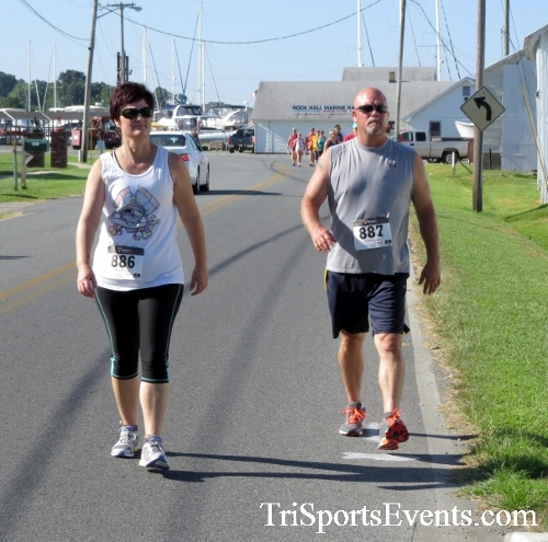 Pirates & Wenches 5K Run/Walk - Rock Hall, MD<br><br><br><br><a href='http://www.trisportsevents.com/pics/16__Pirates_&_Wenches_5K_051.JPG' download='16__Pirates_&_Wenches_5K_051.JPG'>Click here to download.</a><Br><a href='http://www.facebook.com/sharer.php?u=http:%2F%2Fwww.trisportsevents.com%2Fpics%2F16__Pirates_&_Wenches_5K_051.JPG&t=Pirates & Wenches 5K Run/Walk - Rock Hall, MD' target='_blank'><img src='images/fb_share.png' width='100'></a>