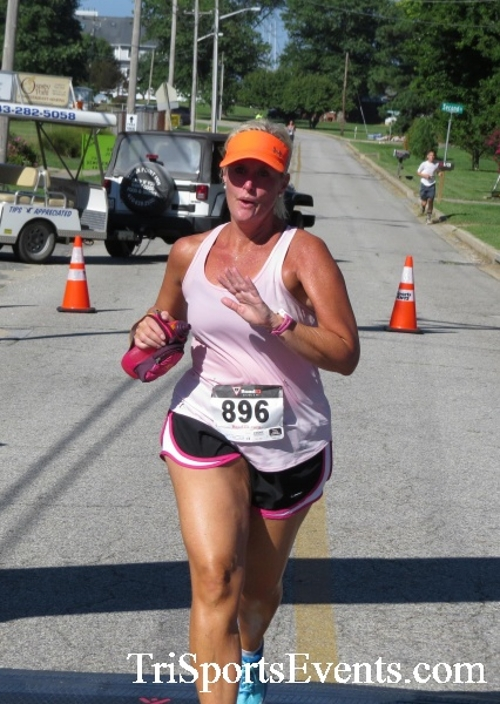 Pirates & Wenches 5K Run/Walk - Rock Hall, MD<br><br><br><br><a href='http://www.trisportsevents.com/pics/16__Pirates_&_Wenches_5K_081.JPG' download='16__Pirates_&_Wenches_5K_081.JPG'>Click here to download.</a><Br><a href='http://www.facebook.com/sharer.php?u=http:%2F%2Fwww.trisportsevents.com%2Fpics%2F16__Pirates_&_Wenches_5K_081.JPG&t=Pirates & Wenches 5K Run/Walk - Rock Hall, MD' target='_blank'><img src='images/fb_share.png' width='100'></a>