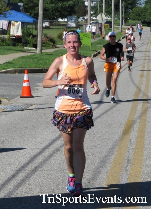 Pirates & Wenches 5K Run/Walk - Rock Hall, MD<br><br><br><br><a href='http://www.trisportsevents.com/pics/16__Pirates_&_Wenches_5K_094.JPG' download='16__Pirates_&_Wenches_5K_094.JPG'>Click here to download.</a><Br><a href='http://www.facebook.com/sharer.php?u=http:%2F%2Fwww.trisportsevents.com%2Fpics%2F16__Pirates_&_Wenches_5K_094.JPG&t=Pirates & Wenches 5K Run/Walk - Rock Hall, MD' target='_blank'><img src='images/fb_share.png' width='100'></a>