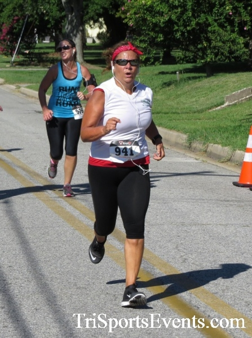 Pirates & Wenches 5K Run/Walk - Rock Hall, MD<br><br><br><br><a href='http://www.trisportsevents.com/pics/16__Pirates_&_Wenches_5K_098.JPG' download='16__Pirates_&_Wenches_5K_098.JPG'>Click here to download.</a><Br><a href='http://www.facebook.com/sharer.php?u=http:%2F%2Fwww.trisportsevents.com%2Fpics%2F16__Pirates_&_Wenches_5K_098.JPG&t=Pirates & Wenches 5K Run/Walk - Rock Hall, MD' target='_blank'><img src='images/fb_share.png' width='100'></a>