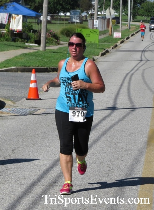 Pirates & Wenches 5K Run/Walk - Rock Hall, MD<br><br><br><br><a href='https://www.trisportsevents.com/pics/16__Pirates_&_Wenches_5K_118.JPG' download='16__Pirates_&_Wenches_5K_118.JPG'>Click here to download.</a><Br><a href='http://www.facebook.com/sharer.php?u=http:%2F%2Fwww.trisportsevents.com%2Fpics%2F16__Pirates_&_Wenches_5K_118.JPG&t=Pirates & Wenches 5K Run/Walk - Rock Hall, MD' target='_blank'><img src='images/fb_share.png' width='100'></a>