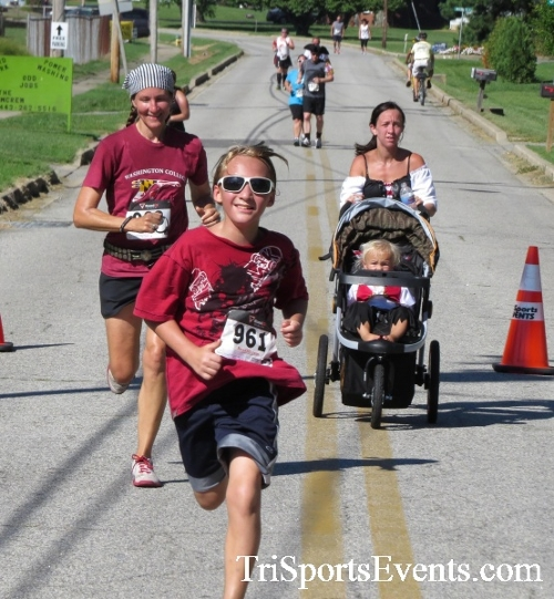 Pirates & Wenches 5K Run/Walk - Rock Hall, MD<br><br><br><br><a href='http://www.trisportsevents.com/pics/16__Pirates_&_Wenches_5K_121.JPG' download='16__Pirates_&_Wenches_5K_121.JPG'>Click here to download.</a><Br><a href='http://www.facebook.com/sharer.php?u=http:%2F%2Fwww.trisportsevents.com%2Fpics%2F16__Pirates_&_Wenches_5K_121.JPG&t=Pirates & Wenches 5K Run/Walk - Rock Hall, MD' target='_blank'><img src='images/fb_share.png' width='100'></a>