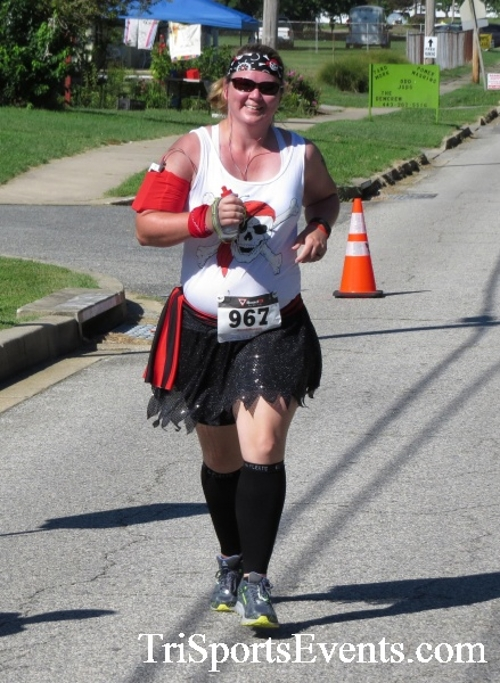 Pirates & Wenches 5K Run/Walk - Rock Hall, MD<br><br><br><br><a href='http://www.trisportsevents.com/pics/16__Pirates_&_Wenches_5K_125.JPG' download='16__Pirates_&_Wenches_5K_125.JPG'>Click here to download.</a><Br><a href='http://www.facebook.com/sharer.php?u=http:%2F%2Fwww.trisportsevents.com%2Fpics%2F16__Pirates_&_Wenches_5K_125.JPG&t=Pirates & Wenches 5K Run/Walk - Rock Hall, MD' target='_blank'><img src='images/fb_share.png' width='100'></a>