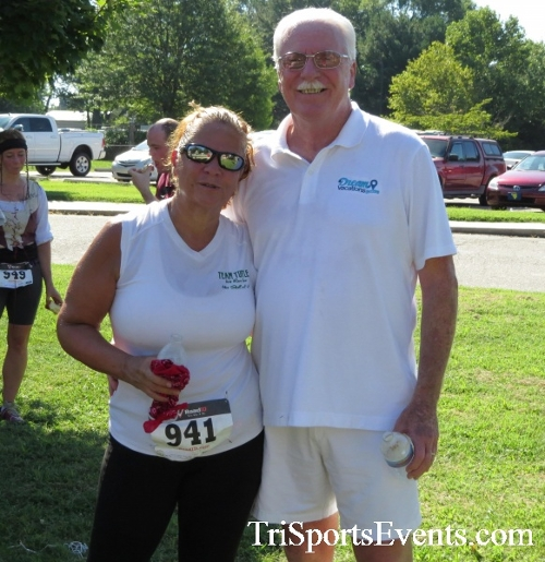 Pirates & Wenches 5K Run/Walk - Rock Hall, MD<br><br><br><br><a href='https://www.trisportsevents.com/pics/16__Pirates_&_Wenches_5K_141.JPG' download='16__Pirates_&_Wenches_5K_141.JPG'>Click here to download.</a><Br><a href='http://www.facebook.com/sharer.php?u=http:%2F%2Fwww.trisportsevents.com%2Fpics%2F16__Pirates_&_Wenches_5K_141.JPG&t=Pirates & Wenches 5K Run/Walk - Rock Hall, MD' target='_blank'><img src='images/fb_share.png' width='100'></a>