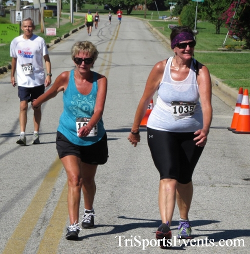 Pirates & Wenches 5K Run/Walk - Rock Hall, MD<br><br><br><br><a href='http://www.trisportsevents.com/pics/16__Pirates_&_Wenches_5K_143.JPG' download='16__Pirates_&_Wenches_5K_143.JPG'>Click here to download.</a><Br><a href='http://www.facebook.com/sharer.php?u=http:%2F%2Fwww.trisportsevents.com%2Fpics%2F16__Pirates_&_Wenches_5K_143.JPG&t=Pirates & Wenches 5K Run/Walk - Rock Hall, MD' target='_blank'><img src='images/fb_share.png' width='100'></a>