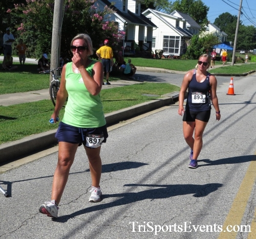 Pirates & Wenches 5K Run/Walk - Rock Hall, MD<br><br><br><br><a href='http://www.trisportsevents.com/pics/16__Pirates_&_Wenches_5K_145.JPG' download='16__Pirates_&_Wenches_5K_145.JPG'>Click here to download.</a><Br><a href='http://www.facebook.com/sharer.php?u=http:%2F%2Fwww.trisportsevents.com%2Fpics%2F16__Pirates_&_Wenches_5K_145.JPG&t=Pirates & Wenches 5K Run/Walk - Rock Hall, MD' target='_blank'><img src='images/fb_share.png' width='100'></a>