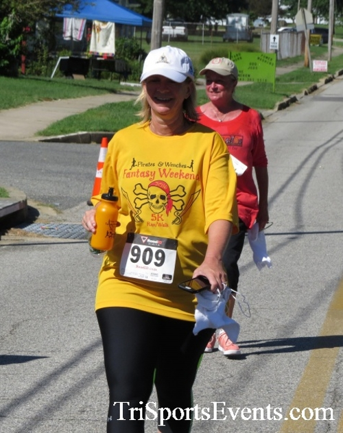 Pirates & Wenches 5K Run/Walk - Rock Hall, MD<br><br><br><br><a href='https://www.trisportsevents.com/pics/16__Pirates_&_Wenches_5K_159.JPG' download='16__Pirates_&_Wenches_5K_159.JPG'>Click here to download.</a><Br><a href='http://www.facebook.com/sharer.php?u=http:%2F%2Fwww.trisportsevents.com%2Fpics%2F16__Pirates_&_Wenches_5K_159.JPG&t=Pirates & Wenches 5K Run/Walk - Rock Hall, MD' target='_blank'><img src='images/fb_share.png' width='100'></a>