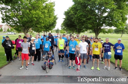 Arc 5K Run/Walk<br><br><br><br><a href='https://www.trisportsevents.com/pics/17_ARC_5K_015.JPG' download='17_ARC_5K_015.JPG'>Click here to download.</a><Br><a href='http://www.facebook.com/sharer.php?u=http:%2F%2Fwww.trisportsevents.com%2Fpics%2F17_ARC_5K_015.JPG&t=Arc 5K Run/Walk' target='_blank'><img src='images/fb_share.png' width='100'></a>