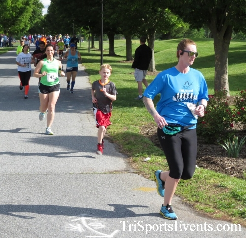 Arc 5K Run/Walk<br><br><br><br><a href='https://www.trisportsevents.com/pics/17_ARC_5K_025.JPG' download='17_ARC_5K_025.JPG'>Click here to download.</a><Br><a href='http://www.facebook.com/sharer.php?u=http:%2F%2Fwww.trisportsevents.com%2Fpics%2F17_ARC_5K_025.JPG&t=Arc 5K Run/Walk' target='_blank'><img src='images/fb_share.png' width='100'></a>