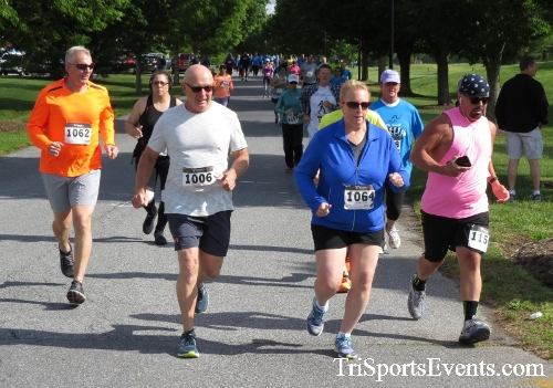 Arc 5K Run/Walk<br><br><br><br><a href='https://www.trisportsevents.com/pics/17_ARC_5K_033.JPG' download='17_ARC_5K_033.JPG'>Click here to download.</a><Br><a href='http://www.facebook.com/sharer.php?u=http:%2F%2Fwww.trisportsevents.com%2Fpics%2F17_ARC_5K_033.JPG&t=Arc 5K Run/Walk' target='_blank'><img src='images/fb_share.png' width='100'></a>