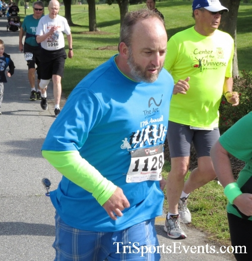 Arc 5K Run/Walk<br><br><br><br><a href='https://www.trisportsevents.com/pics/17_ARC_5K_039.JPG' download='17_ARC_5K_039.JPG'>Click here to download.</a><Br><a href='http://www.facebook.com/sharer.php?u=http:%2F%2Fwww.trisportsevents.com%2Fpics%2F17_ARC_5K_039.JPG&t=Arc 5K Run/Walk' target='_blank'><img src='images/fb_share.png' width='100'></a>