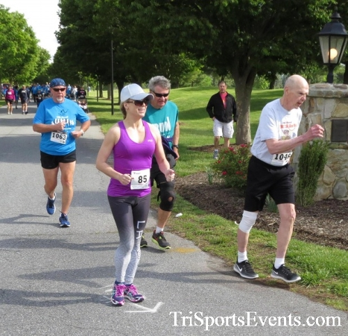 Arc 5K Run/Walk<br><br><br><br><a href='https://www.trisportsevents.com/pics/17_ARC_5K_040.JPG' download='17_ARC_5K_040.JPG'>Click here to download.</a><Br><a href='http://www.facebook.com/sharer.php?u=http:%2F%2Fwww.trisportsevents.com%2Fpics%2F17_ARC_5K_040.JPG&t=Arc 5K Run/Walk' target='_blank'><img src='images/fb_share.png' width='100'></a>