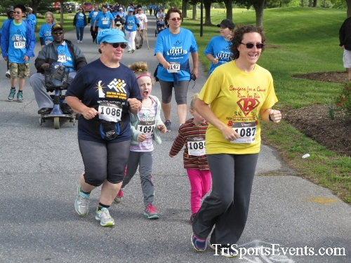 Arc 5K Run/Walk<br><br><br><br><a href='https://www.trisportsevents.com/pics/17_ARC_5K_043.JPG' download='17_ARC_5K_043.JPG'>Click here to download.</a><Br><a href='http://www.facebook.com/sharer.php?u=http:%2F%2Fwww.trisportsevents.com%2Fpics%2F17_ARC_5K_043.JPG&t=Arc 5K Run/Walk' target='_blank'><img src='images/fb_share.png' width='100'></a>