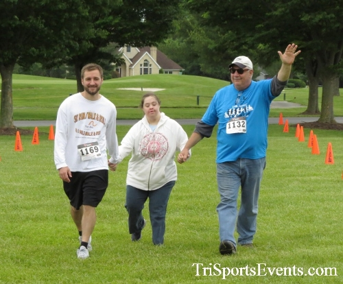 Arc 5K Run/Walk<br><br><br><br><a href='https://www.trisportsevents.com/pics/17_ARC_5K_148.JPG' download='17_ARC_5K_148.JPG'>Click here to download.</a><Br><a href='http://www.facebook.com/sharer.php?u=http:%2F%2Fwww.trisportsevents.com%2Fpics%2F17_ARC_5K_148.JPG&t=Arc 5K Run/Walk' target='_blank'><img src='images/fb_share.png' width='100'></a>