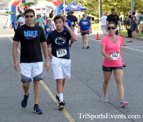Beach Goes Blue John M. Scharp Geck-Go 5K Run/Walk<br><br><br><br><a href='https://www.trisportsevents.com/pics/17_Beach_Goes_Blue_5K_019.JPG' download='17_Beach_Goes_Blue_5K_019.JPG'>Click here to download.</a><Br><a href='http://www.facebook.com/sharer.php?u=http:%2F%2Fwww.trisportsevents.com%2Fpics%2F17_Beach_Goes_Blue_5K_019.JPG&t=Beach Goes Blue John M. Scharp Geck-Go 5K Run/Walk' target='_blank'><img src='images/fb_share.png' width='100'></a>