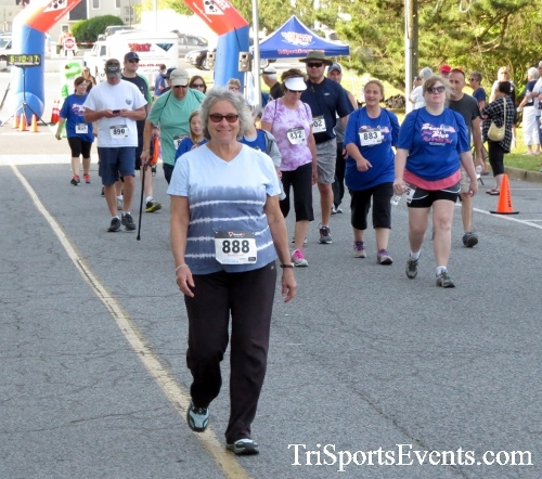 Beach Goes Blue John M. Scharp Geck-Go 5K Run/Walk<br><br><br><br><a href='https://www.trisportsevents.com/pics/17_Beach_Goes_Blue_5K_020.JPG' download='17_Beach_Goes_Blue_5K_020.JPG'>Click here to download.</a><Br><a href='http://www.facebook.com/sharer.php?u=http:%2F%2Fwww.trisportsevents.com%2Fpics%2F17_Beach_Goes_Blue_5K_020.JPG&t=Beach Goes Blue John M. Scharp Geck-Go 5K Run/Walk' target='_blank'><img src='images/fb_share.png' width='100'></a>