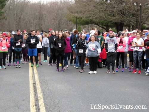 Chocolate 5K Run/Walk<br><br><br><br><a href='http://www.trisportsevents.com/pics/17_Chocolate_5K_023.JPG' download='17_Chocolate_5K_023.JPG'>Click here to download.</a><Br><a href='http://www.facebook.com/sharer.php?u=http:%2F%2Fwww.trisportsevents.com%2Fpics%2F17_Chocolate_5K_023.JPG&t=Chocolate 5K Run/Walk' target='_blank'><img src='images/fb_share.png' width='100'></a>