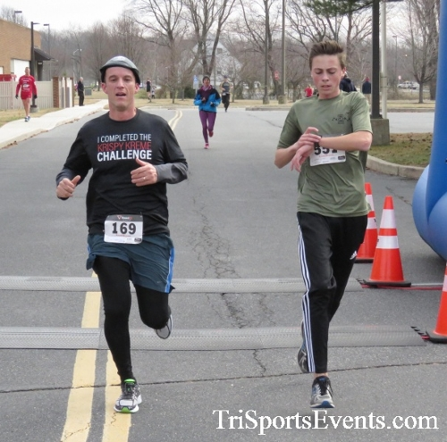 Chocolate 5K Run/Walk<br><br><br><br><a href='http://www.trisportsevents.com/pics/17_Chocolate_5K_176.JPG' download='17_Chocolate_5K_176.JPG'>Click here to download.</a><Br><a href='http://www.facebook.com/sharer.php?u=http:%2F%2Fwww.trisportsevents.com%2Fpics%2F17_Chocolate_5K_176.JPG&t=Chocolate 5K Run/Walk' target='_blank'><img src='images/fb_share.png' width='100'></a>
