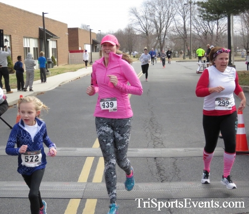 Chocolate 5K Run/Walk<br><br><br><br><a href='http://www.trisportsevents.com/pics/17_Chocolate_5K_279.JPG' download='17_Chocolate_5K_279.JPG'>Click here to download.</a><Br><a href='http://www.facebook.com/sharer.php?u=http:%2F%2Fwww.trisportsevents.com%2Fpics%2F17_Chocolate_5K_279.JPG&t=Chocolate 5K Run/Walk' target='_blank'><img src='images/fb_share.png' width='100'></a>